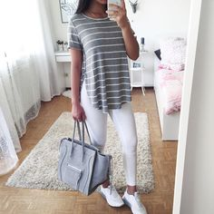 Pin by nathaly orozco on white jeans outfit Cute Outfits For School, College Outfits, Outfits For Teens, Mode Outfits, Jean Outfits, Fashion Outfits, Womens Fashion, Simple Outfits, Casual Outfits