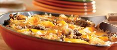 Hash browns, cheese, ketchup and ground beef combine for a stick-to the-ribs, family-pleasing supper. Cooking With Ground Beef, Ground Beef Recipes, Campbells Soup Recipes, Beef Hash, Beef Casserole, Hash Browns, Supper Recipes, Pork Dishes, Chicken Recipes