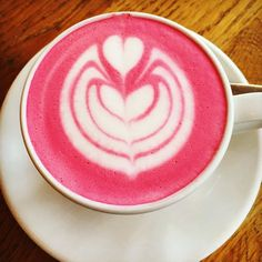 One pink #latte please  - Via the coffee artist: @dritanalsela by drupelosangeles