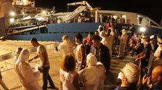Mensensmokkelaars opgepakt om doden in scheepsruim | NOS