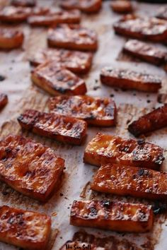The Best Way to Cook Tofu How does one get it crispy but not dried out, and flavorful without frying. These are questions that must be answered. - The Best Way to Make Tofu Veggie Recipes, Whole Food Recipes, Vegetarian Recipes, Cooking Recipes, Healthy Recipes, Firm Tofu Recipes, Best Tofu Recipes, Cooking With Tofu, Simple Tofu Recipes