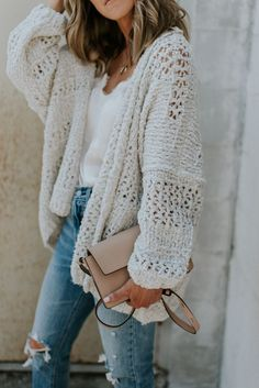 chunky cardi // white tee // ripped jeans