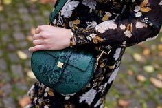 Coccinelle Leather Bag - on moodforstyle.de now. handtasche, tasche, ledertasche,herbstmode,herbstaccessoires,details, inspiration
