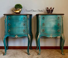 Faded French Luxury – Second Chance Studios Chalk Paint Furniture, Steel Furniture, French Furniture, Vintage Furniture, Furniture Stores Nyc, Buy Furniture Online, French Decor, French Country Decorating, Furniture Makeover