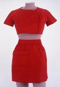 Ensemble rouge Balenciaga, 1968 musée de la Mode et du Textile