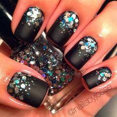 Nail art // black