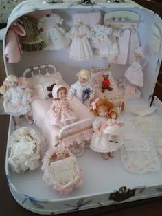 Something I would like to start doing...Miniature Doll Houses and Interiors