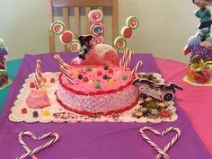 Venellopy cake! By Wildy's Creations!! Wildyscreations@gmail.com