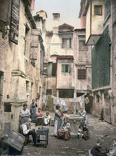 vintage homes in Italy | old italy