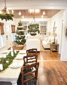 Farmhouse/cottage living area. Lots of shiplap. Hardwood floors and ceilings. From @simplysoutherncottage