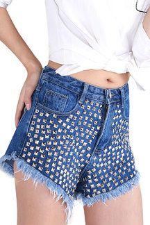 Pantalones cortos vaqueros diseño con tachuelas
