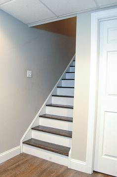 New basement stairs ideas diy removing carpet 32 ideas Refinish Stairs, Redo Stairs, Tile Stairs, Staircase Makeover, Basement Stairs, House Stairs, Carpet Stairs, Basement Ideas, Basement Carpet