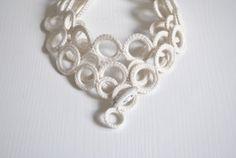 Echarpe collier au crochet en cachemire par AliquidTextileJewels, €59.00