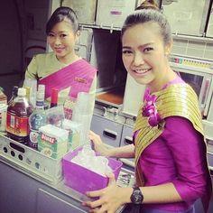 Thai Airways inflight service @tgcrew