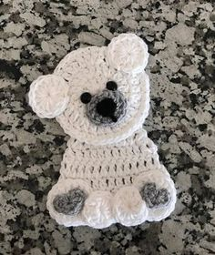 *** THIS LISTING IS FOR A DIGITAL DOWNLOAD CROCHET PATTERN ONLY *** This listing is NOT for a finished product. This listing comes with all 4 arctic animal patterns pictured. You will get the pattern to an appliqué of an - Orca Whale - Narwhale - Penguin - Polar Bear Each animal works