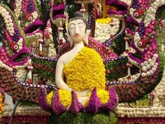 Flower Festival - one of the most beautiful and spectacular events in Thailand - is held annually in the north, in Chiang Mai