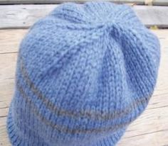 purlwise, place next stitch (color B) on cable needle and hold at back, place first stitch back on left needle and knit it together w Double Knitting Patterns, Hat Patterns, Crochet Patterns, Knit Purl, How To Purl Knit, Knitting Hats, Knit Hats, Knit Beanie Pattern, Knit Crochet