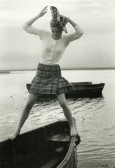 Edie Sedgwick on Fisher's Island, 1964 Andy Warhol, Style 60s, Style Icons, 1960s Fashion, Vintage Fashion, Vintage Clothing, Poor Little Rich Girl, Edie Sedgwick, Vogue Magazine