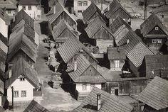 Martin Martinček - Dedina v horách. Old Photos, Monochrome, Westerns, Nostalgia, Photography, Travel, Life, Fairy, Interiors