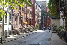 Love the Greenwich Village neighborhood page on Airbnb.com
