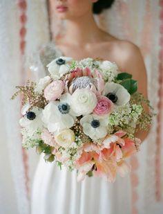 Mit der Anemone im Brautstrauß verzaubern – 2017 mit besonderen Blumen strahlen Image: 11