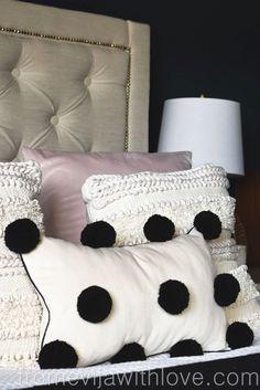 How to Make a Pom Pom Cushion the Easy Way . handmade black and cream pom pom cushion - create a stylish and modern cushion the easy way and for a fraction of cost - cheap, quick and easy update! Diy Cushion, Cushion Covers, Pillow Covers, Diy Throw Pillows, Decorative Pillows, Cushions To Make, Burlap Pillows, Pom Pom Crafts, Pom Pom Diy