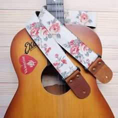 All Qilin Guitar Strap are handmade in Thailand by a passionate and we love guitar and musical instrument . We start from the beginning from