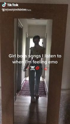 Indie Pop Music, Music Mood, Mood Songs, Music Film, Music Songs, New Music, Chill Songs, Throwback Songs, Music Recommendations