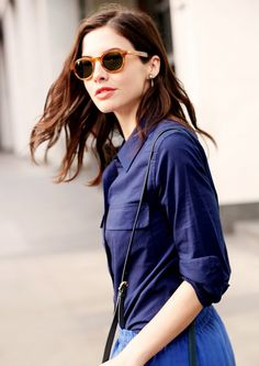 Royal Blue and Navy Blue | Get+Bright!+Easy+Color+Combos+To+Try+For+Summer+via+@WhoWhatWear