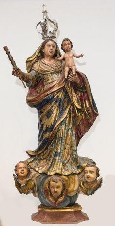 Imagem de Nossa Senhora da Guia, madeira policromada. Brasil, coroa de prata. Alt. 98cm. Não vendida. Preço base 25.000,00