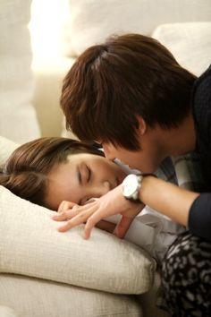 Park Min Young ♥ Lee Min Ho ♥ City Hunter