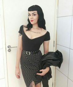 ~Hey Gorgeous~ Goth Pinup <3