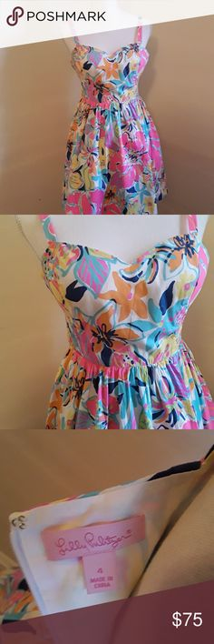 Size Adjustable straps, gathered waist, back zipper. cotton, lined. Couldn't zip completely because my mannequin is size LNC. Orange Bodycon Dress, Black Sundress, Short Sundress, Floral Sundress, Short Dresses, Linen Shirt Dress, Sexy Party Dress, Lilly Pulitzer, Cruise Wear