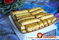 Chrumkavý domáci snack sjednoduchou prípravou askvelou syrovou chuťou. Jednoducho vynikajúca pochúťka na víkendovú oslavu, alebo veselú párty spriateľmi. Vyskúšajte ich a uvidíte, že jeden kúsok vám nebude stačiť! :-)  Potrebujeme:  700 g polohrubej múky    250 g masla    100 g Hot Dog Buns, Hot Dogs, Hungarian Recipes, Hungarian Food, Smoothie, Goodies, Bread, Cake, Gardening