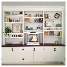 i want built-in bookshelves or faux built-ins so badly. | for the