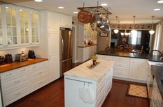 ok I now LOVE the white cabinets