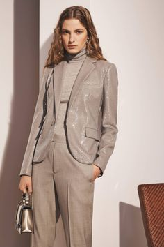 Ralph Lauren Pre-Fall 2020 Fashion Show Ralph Lauren Pre-Fall 2020 Collection - Vogue Fashion 2020, High Fashion, Womens Fashion, Vogue Paris, Ralph Lauren Womens Clothing, Winter Outfits, Kids Outfits, Fashion Show Collection, Holiday Fashion