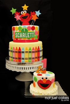 Here is a collaboration of 2 minds. Kristin and I work together and during our breaks, we would talk about the perfect cake for Scarlett! The theme shifted from circus to elmo. Either way, i was happy to work with the theme and happier that I was. Sesame Street Birthday Cakes, Sesame Street Cake, Elmo First Birthday, Male Birthday, Birthday Ideas, Happy Birthday, Crayon Cake, Elmo Party, Mickey Party