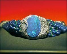 bracelet-opale-saphirs-cartier-biennale-2012-joaillerie