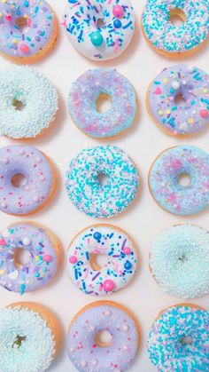 You can't buy happiness, but you can buy donuts 🍩 Food Wallpaper, Pastel Wallpaper, Cute Backgrounds, Cute Wallpapers, Unicorn Foods, Delicious Donuts, Aesthetic Iphone Wallpaper, Cute Food, Macaroons