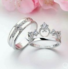 Cheap ring set, Buy Quality wedding ring set directly from China couples wedding bands Suppliers: Pair White Gold Filled 925 Silver Wedding Rings Set His and Her Promise Ring Couple Wedding Band Vintage CZ Jewelry Wedding Rings Sets His And Hers, Stacked Wedding Rings, Beautiful Wedding Rings, Silver Wedding Rings, Rings For Her, His And Her Engagement Rings, Engagement Rings Couple, Silver Rings, Black Diamond Necklace