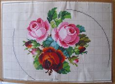 Beautiful rose bouquet, counted pattern for cross stitch, needlepoint or any counted project. Faithful replica of an original antique embroidery pattern. 80 x 80 stitches Cross Stitch Rose, Cross Stitch Flowers, Cross Stitch Charts, Cross Stitch Patterns, Cross Stitching, Cross Stitch Embroidery, Embroidery Patterns, Hand Embroidery, Crochet Patterns