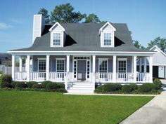 Stunning southern home - plan 024D-0011 - houseplansandmore.com