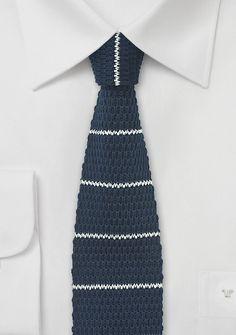 Strick-Kravatte marineblau perlweiß