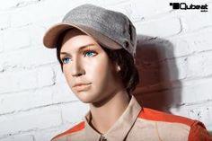 #Schaufensterpuppe #Mannequin #Gesicht #hautfarben #stehend #Kind #Kinder #Junge #männlich #Teenager