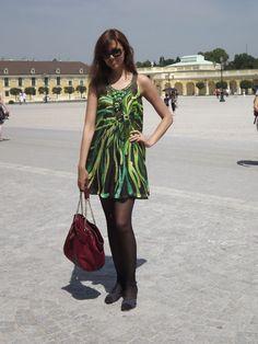 """Oi fofurentas, o """"Look das Ruas"""" de hoje vai ser um pouco diferente. Como vocês sabem eu costumo fazer uma cidade por vez, mas como estou em falta com vocês e tudo aqui tem sido super corrido, resolvi juntar 3 cidades em um post só, ok.  Então vou compartilhar com vocês os looks que pude observar ao passar por Munich, Viena e Praga… vamos lá:"""