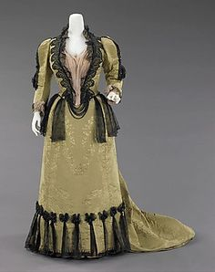 The Metropolitan Museum-worth dress