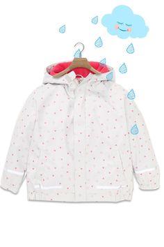 Kinder Regenjacke mit Herzen. So ist deine Kleine gut geschütz an Regentagen. #kindermode #kidsfashion #kinderkleding  #regenkleidung #kinder - Regenjacke 7,99 € Kind Mode, Adidas Jacket, Athletic, Fashion, Rainy Days, Little Princess, Princesses, Guys, Jackets