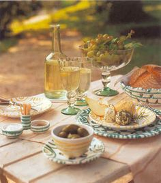 Picnic in Austria, Gmundner Keramik Vintage Pottery, Austria, Tablescapes, Dinnerware, Table Settings, Hand Painted, Table Decorations, Teller, Tableware
