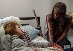 Deanna Monroe (Tovah Feldshuh) and Michonne (Danai Gurira) in Episode 8 Photo by Gene Page/AMC
